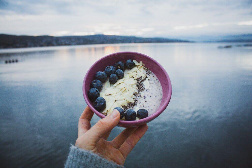 Mandeln als Porridge Topping